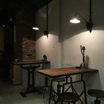 COCKTAIL WORKS - 店内2