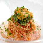 代官山ASO チェレステ - 料理写真:冷製トマトのカペリーニ 生ウニとバジリコで和えた帆立貝添え