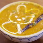 Putali Cafe - ダルスープ