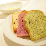 アンクィール - ENCUEIL Lunch Petit course (パン)