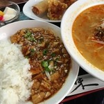 四川菜館 - セットのマーボー丼