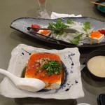 こう太 - ピリ辛冷奴、大根と水菜のサラダ