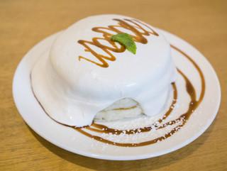 ホイホイ - メープルクリームパンケーキ