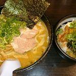 ら~めんBUBU - みそ(太麺)、BUBU丼