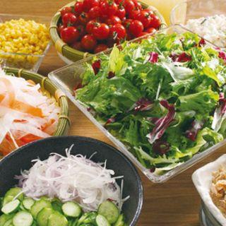 多彩なサイドメニュー♪自社契約農場をはじめとする野菜を使用‼