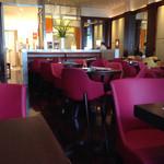 キハチ カフェ - 素敵な店内♡