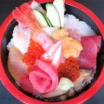 竹鮨 - 特上生ちらしのドアップ