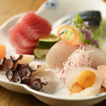 宴事とうや - 東北・全国の旬の魚介類を取り揃えております。