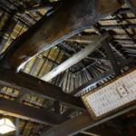 わら家 - 店内の天井