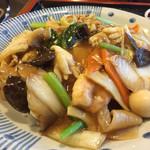 天龍 - 中華丼、アップ。