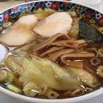春木屋 - ワンタン麺、大盛り。