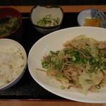 武蔵 - やさい炒め定食 680円