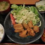 武蔵 - からあげ定食 680円