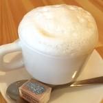 エッグ チーズ カフェ - ドライカプチーノ