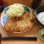 しん山 - 料理写真:ジャンボチキンカツ定食
