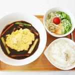 カプシコン カフェ - 500円ランチの牛筋オムレツ!!