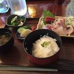 地魚料理 釜めし 末広 - お刺身定食