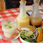 cafe HACHI - ランチセット(コース)にはサラダや選べるスープが