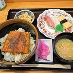 和食 たか田 - 日替わり定食のうな丼(830円)