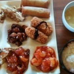 香港厨房 - お味は普通のファミリー中華 種類は豊富