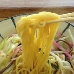 三好野 - 中太ストレート玉子麺
