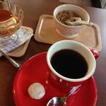 Oveja  cafe - アシディティブレンドと昭和のプリンで800円
