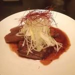 旬肴居酒屋 味人 - ajito角煮  角煮?ステーキ?軽く炙られた香ばしいとろけるお肉に香ばし大根。