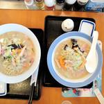 リンガーハット - 料理写真:左:麺2倍、右:普通
