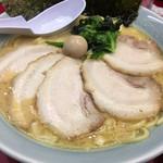 壱七家  - チャーシュー麺。