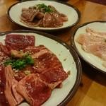 七輪焼肉 安安 - お肉