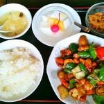 鳳凰閣 - 鶏肉の中国味噌炒め定食
