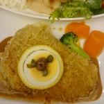 上野精養軒 - 舌平目のフィレグージョン作りと子牛のカツレツデミグラス