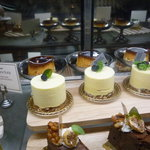 Bougnat Bougnat - ☆この日はケーキも種類が多いですね◎☆