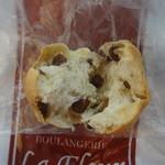 ラ フルール - レーズン丸パン