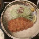隠豚 - ◎極上!とことん豚のロースかつ定食(980円)