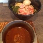 古都はピアノマン - 特製バジル華麗つけ麺