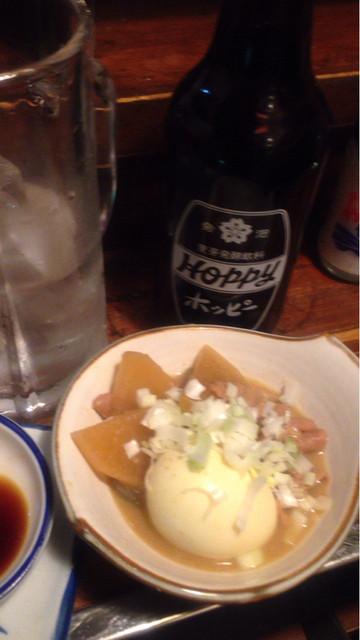 晩杯屋 大井町店 - 煮込み(玉子入り)とホッピー