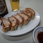 珉珉 - 餃子とビール 中