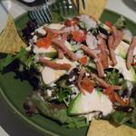 デイズ 鵠沼 - アボカドとスパムのナチョサラダ ブルーチーズドレッシング