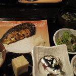 4084400 - 焼き魚定食