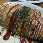 広島風お好み焼き かっちゃん - やはりいいね!タバスコでピザ風に仕上げましょう