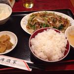 東海酒家 - 野菜炒めランチ 820円