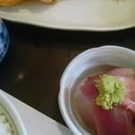 舞浜 - 鮭と刺身小鉢