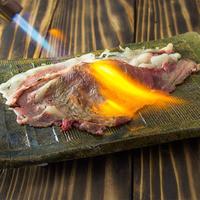肉寿司 - 肉寿司名物!!さしとろ
