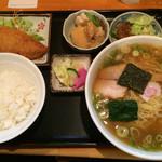 一平食堂 - ラーメン定食¥810