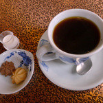 アデリータ - ハンバーグライスセット(ランチ)付属のお飲み物にコーヒー選択