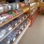 部田菓子舗 - 店内1