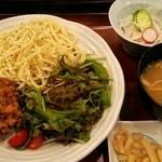 博多もつ鍋 幸 とりもつえん - 特製ジャージャー麺