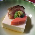 新井旅館 - 箸付:夏大根豆乳寄せ 焼無花果 サーモン おくら 山葵