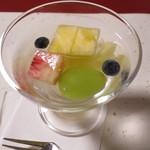 新井旅館 - 水菓子:桃 葡萄 パイン メロン うす蜜